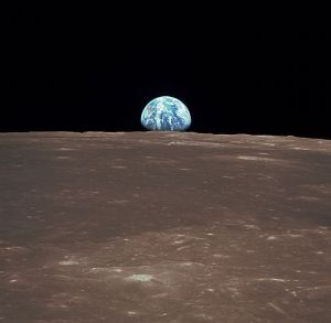 Apollo 11 view of Earth rise frmo the moon